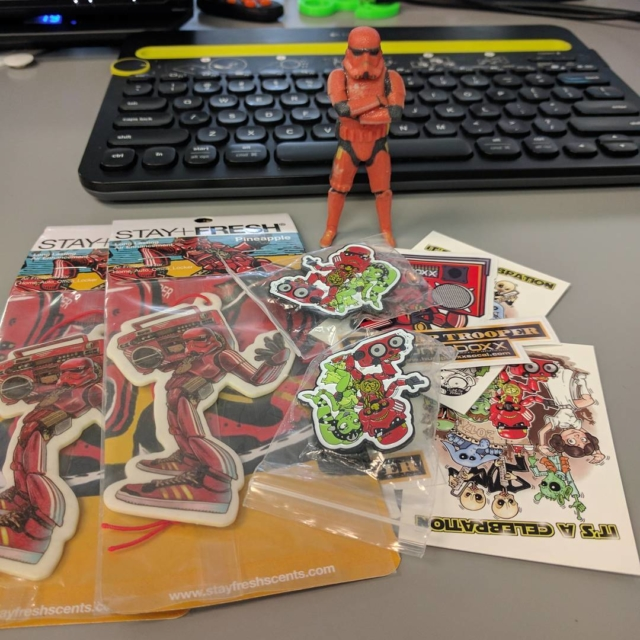 Got some hiphoptrooper goodies today thank you   cokreeate3d3dprint3dprinting3dprinted3dprinter3dminime3dminimezcorp3dsystemszbrush3dmaxdyicomiccomiccon3dfigurine3dfigurines3dscannerartecartecevagiftbirthdaystanleehellip